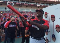 SnapBat Selfie Bat at 2015 Home Run Derby